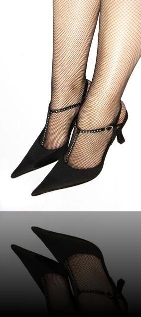 Thick mature milf heels